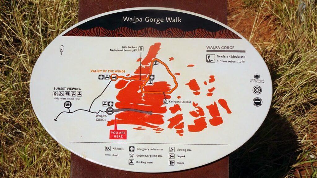 Monts Olga Kata-Tjuta - Walpa Gorge - les circuits de randonnée - Girltrotter