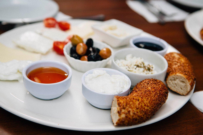 Petit déjeuner turc traditionnel, Kahvalti