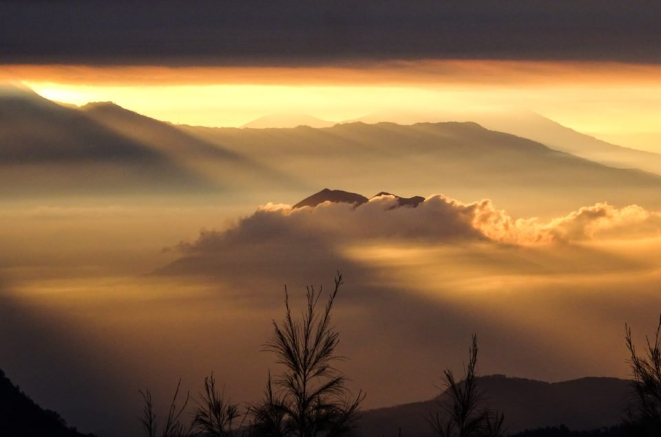 Lever de soleil sur le volcan Bromo en Indonésie