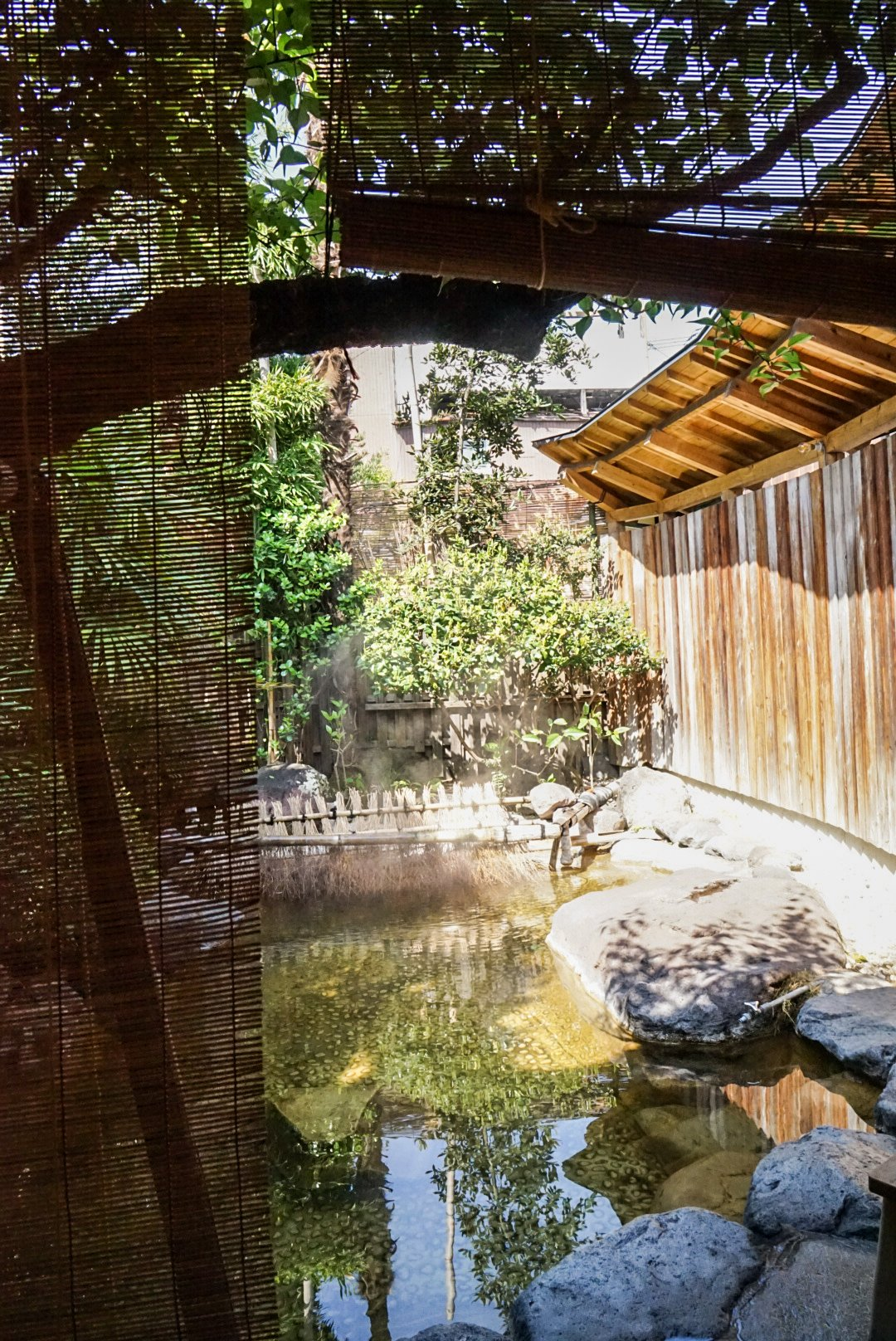 Onsen privé du ryokan Yamada Bessou de Beppu au Japon