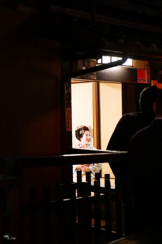 Apercevoir une geisha au Japon