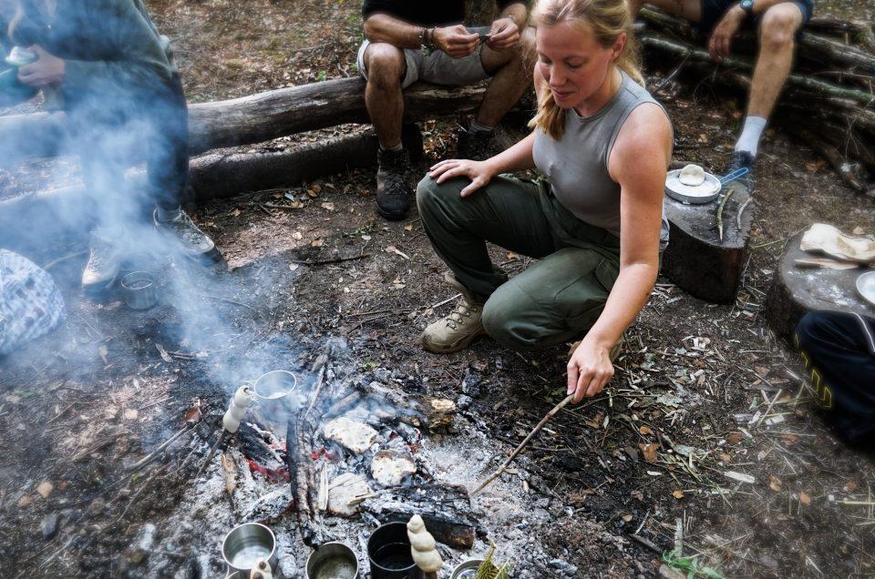 Stage de survie et apprentissage du bushcraft grâce à Cap Adrénaline