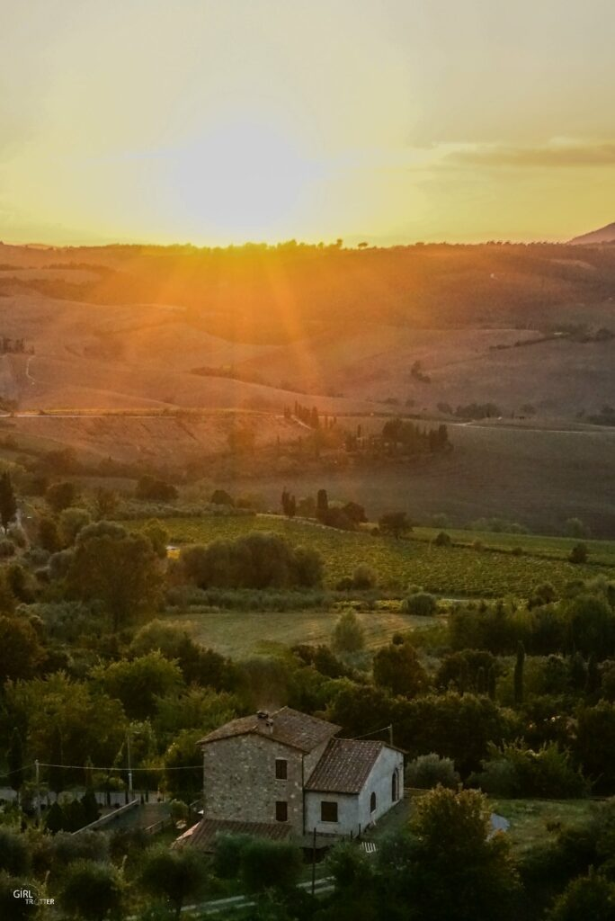 Vue depuis Montalcino - Roadtrip estival en Toscane Italie