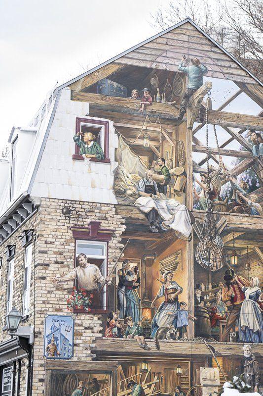 Fresque du Petit-Champlain, Quebec, Canada