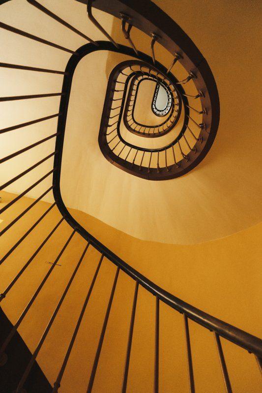 Escalier du musee du Familistère de Guise, tourisme Aisne, Hauts-de-France